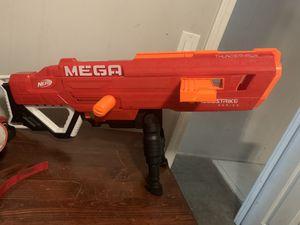 Mega nerf gun $15 in good condition for Sale in Las Vegas, NV