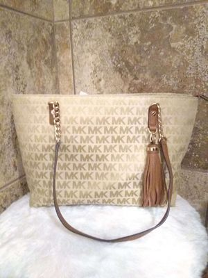 MK BAGS PERFECT VDAY GIFTS for Sale in Memphis, TN