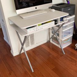 Work Desk for Sale in West Hollywood,  CA