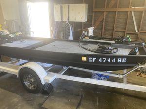 12' Jon boat for Sale in La Habra, CA