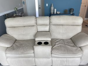 Leather couch 3 piece set for Sale in Lake Worth, FL
