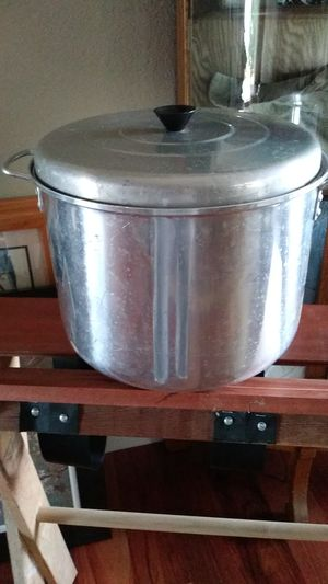 Canning pot..large for Sale in Washington, IL