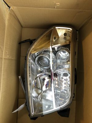 Right Honda headlight for Sale in Herndon, VA
