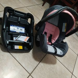 new car seat- baby trend for Sale in Fort Walton Beach, FL