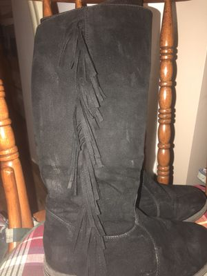 Girls Boots Sz.1.5 for Sale in Atwater, OH