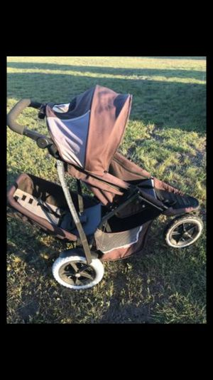 Double stroller running inline for Sale in Austin, TX