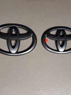 Matte Black Toyota Emblem Overlay for Sale in Beaverton,  OR