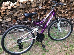 Womens Huffy Dual Suspension mountain bike for Sale in Lancaster, MA