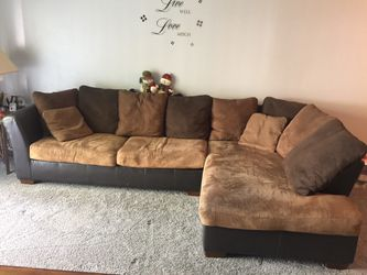 2 piece sectional for Sale in Peoria,  IL