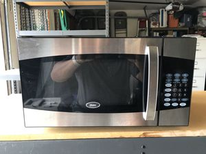 Oster microwave for Sale in Danville, CA