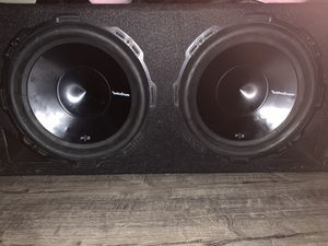 12in speakers with box for Sale in Nashville, TN