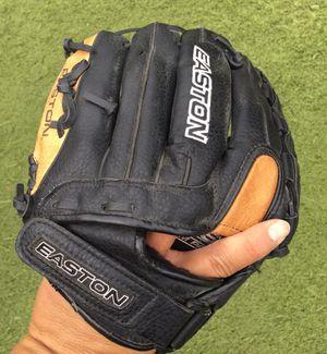 "Easton 12"" Youth Baseball Softball Glove for Sale in Fresno, CA"