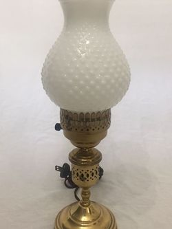 Vintage Hobnail Milk Glass Table Lamp for Sale in Reed,  KY