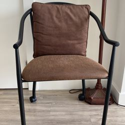 Amisco chair, luxury office chair, for Sale in Alexandria,  VA