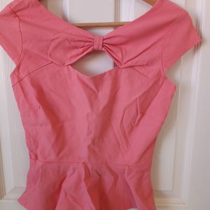 Woman Blouse. Soze S. PICK UP ONLY for Sale in Reedley, CA