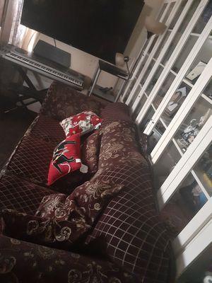 sofa muy espacioso for Sale in South Gate, CA