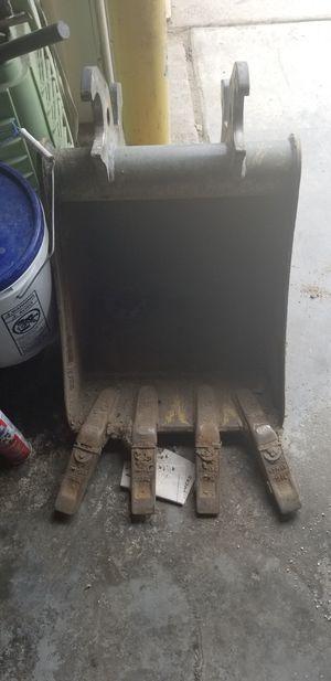 John deer backhoe bucket semi new for Sale in Denver, CO