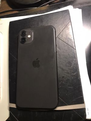Iphone 11 for Sale in Shawnee Hills, OH