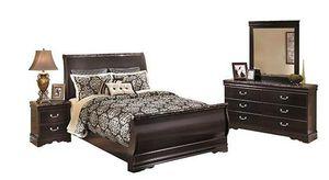 4 Piece Queen Bedroom set for Sale in Seattle, WA