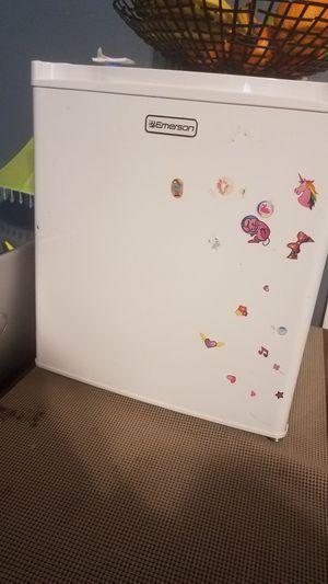 Mini Refrigerador for Sale in Manassas Park, VA