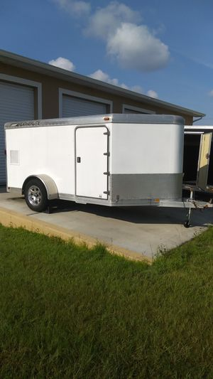 FEATHER LITE ENCLOSED TRAILER for Sale in Lehigh Acres, FL