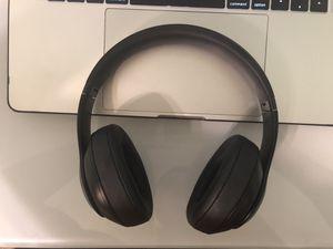 Beats Studio 3s / Still under warranty! for Sale in Gainesville, FL