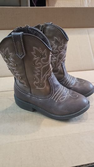 Little girls Cherokee cowgirl boots sz9 for Sale in Montrose, CO
