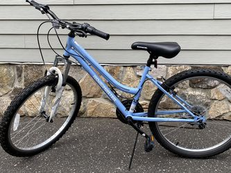 """24"""" Mountain Bicycle for Sale in Great Neck,  NY"""