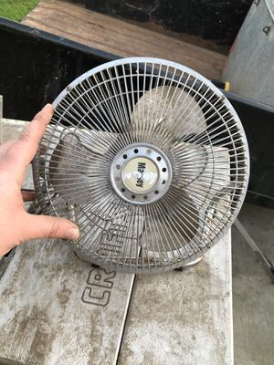 Desktop fan for Sale in Tracy, CA