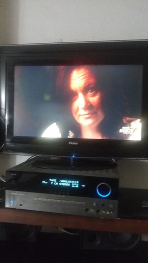 """Haier tv with remote I think is 26 """" inches for Sale in Fresno, CA"""