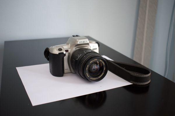 Minolta Maxxum Film Cam
