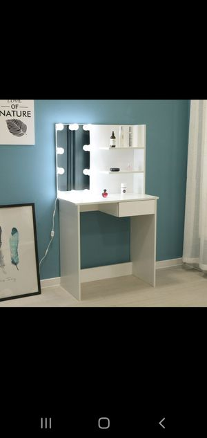 Makeup make up vanity table with mirror Luxury Contemporary design with mirror and Led lights for Sale in Miramar, FL