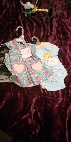 Laptop gateway and kids clothes for Sale in Fort Worth, TX