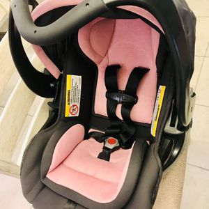 Baby Trend Secure 35 Infant Car Seat for Sale in Manor, TX