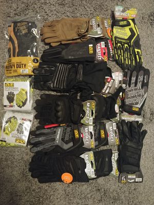 Mechanix work gloves 18 pair lot for Sale in San Diego, CA