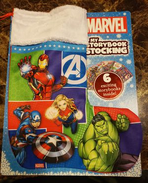 MARVEL CHRISTMAS STOCKING WITH 6 BOOKS for Sale in Fontana, CA