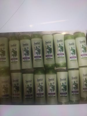 Suave shampoo and conditioner for Sale in Pembroke Pines, FL