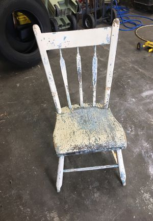 Antique chair make an offer for Sale in South Rockwood, MI