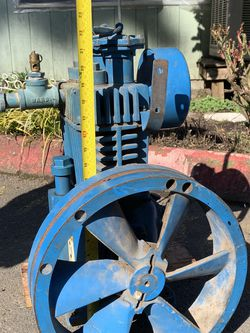 Quincy Air Compressor Pump Size 3 X 2.5 for Sale in Portland,  OR