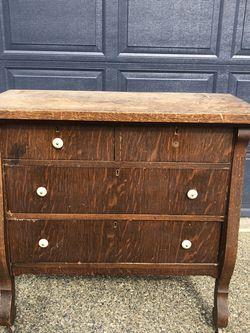 Dresser for Sale in Graham,  WA
