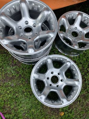 "17"" American racing rims with tires for Sale in Kirkland, WA"