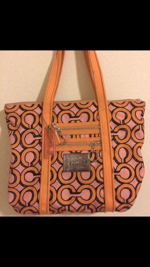 Coach women's purse for Sale in East Los Angeles, CA