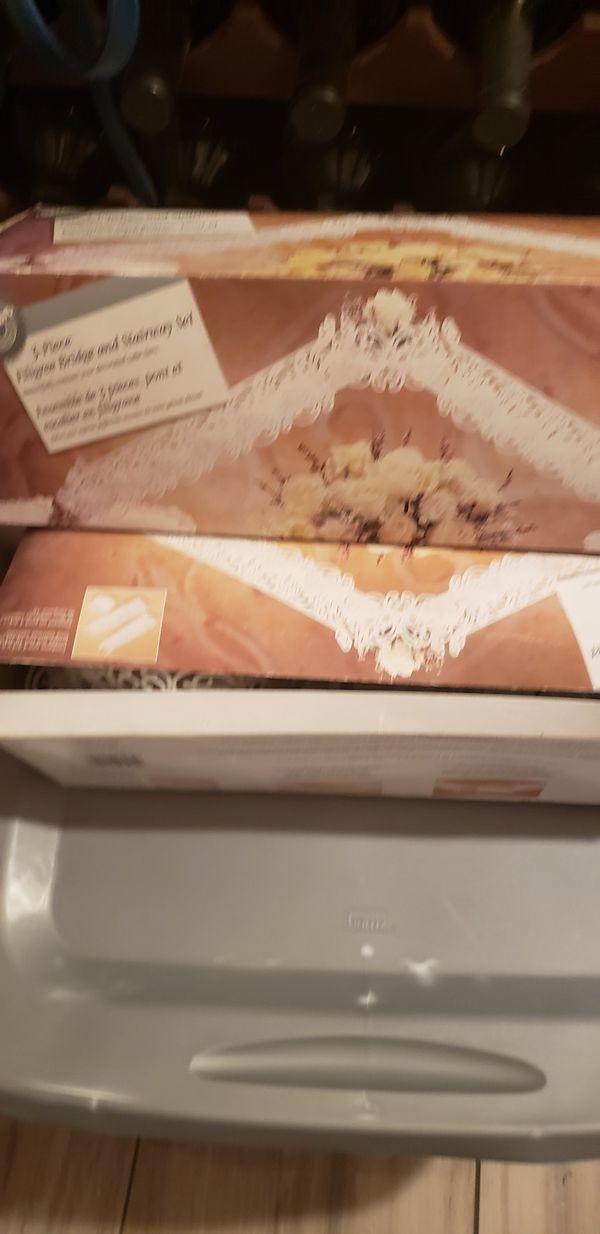 3 piece wilton stairway bridge cake