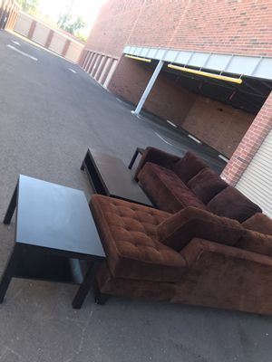 Really nice couch with 👌🛋coffee table Very good condition for Sale in Phoenix, AZ