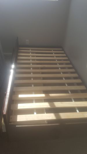 Twin size bed frame for Sale in Columbus, OH