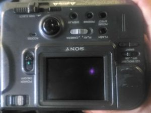 Sony MVC -FD-71 DIGITAL CAM CORDER for Sale in Portland, OR