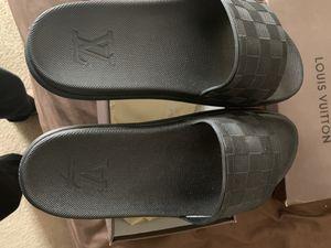 Men Louis Vuitton Sandals Size 11 for Sale in Marietta, GA