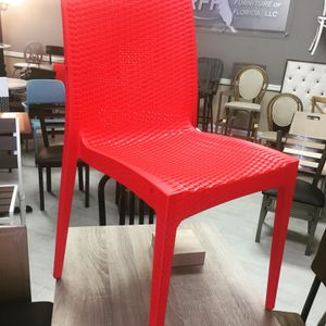 Commercial Resin Chairs for Sale in Miami, FL