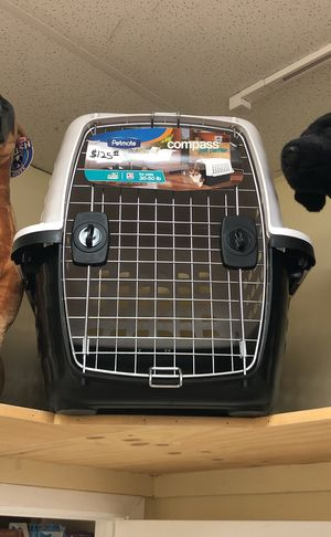 Petmate Compass Pet Carrier Kennel Crate MEDIUM-LARGE 30-50lbs for Sale in Austin, TX