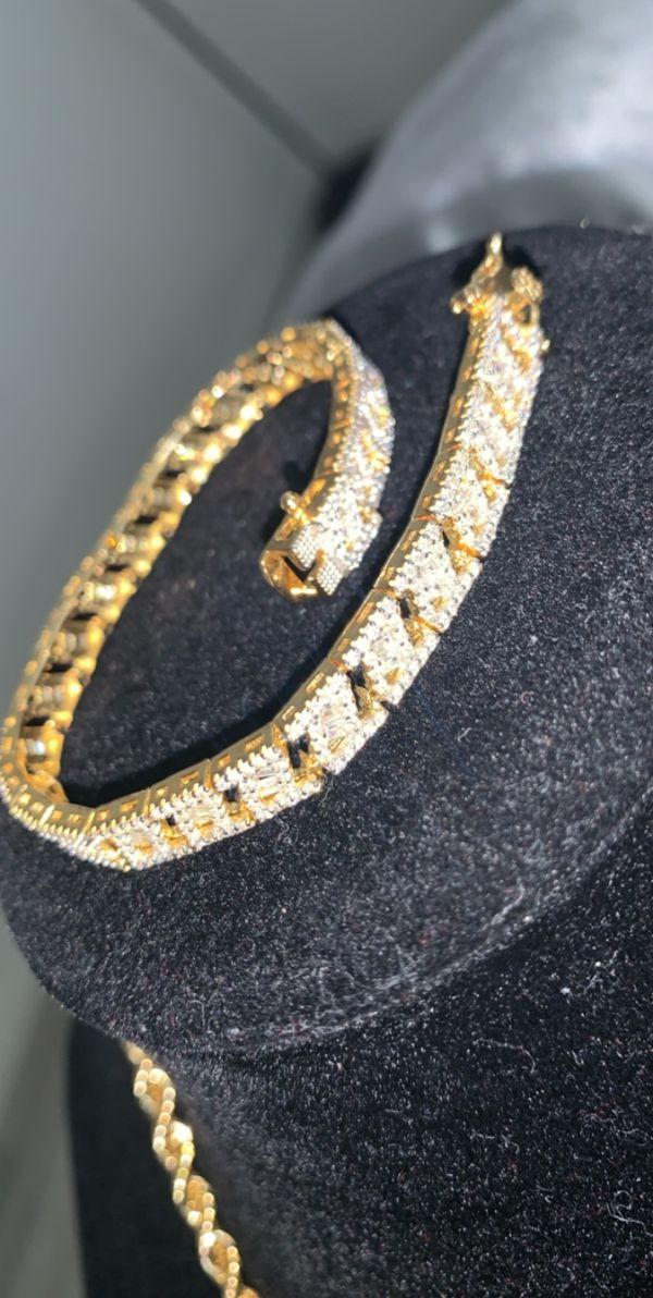 Diamond baguette bracelet